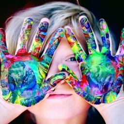 Los niños y las nuevas tecnologías, dispositivos de pantalla.